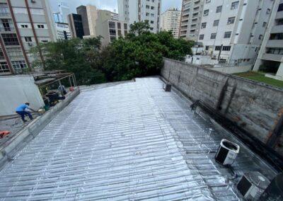 impermeabilizacao-de-telhado-com-manta-aluminio-laboratorio-hermes-pardini-consolacao-sp
