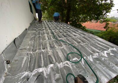 impermeabilizacao-de-telhado-residencial-com-manta-aluminio-lapa-sp